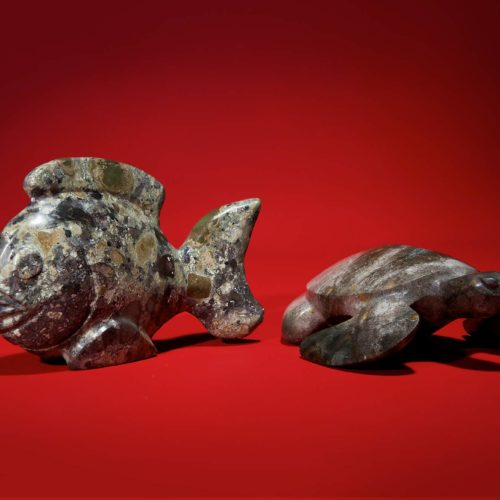 Polynesian craft - Fish & Turtle Stone